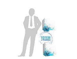 totem_triangoli_reparto_stampa